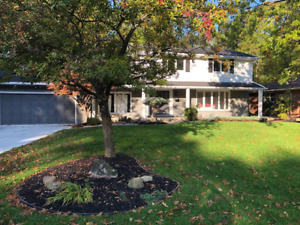 Executive Home for Rent! North End - Deeded Beach Rights!!