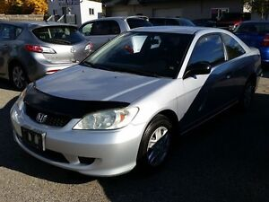 2005 Honda Civic 5 SPEED WITH AC AND  LOW KM AND SAFETY AND E TE