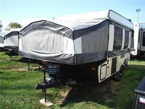 2016 Palomino Basecamp 10DFG Tent Trailer - Sleeps 8 Stratford Kitchener Area image 2