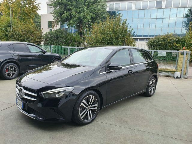 MERCEDES-BENZ B 180 d Automatic Business Extra
