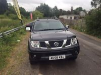 Nissan navara black 2009 auto all extras great truck