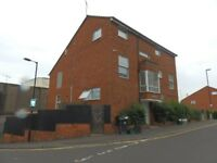 Newly refurbished 2 bed flat in Stokes Croft-2 double bedrooms,separate lounge/kitchen,unfurnished