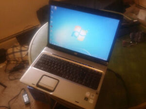"17""-HP DV9000-Mint"