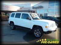 2015 Jeep Patriot HIGH ALTITUDE 4X4 LEATHER AND SUNROOF!