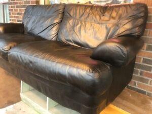 Ensemble Sofa et fauteuil en cuir noir véritable