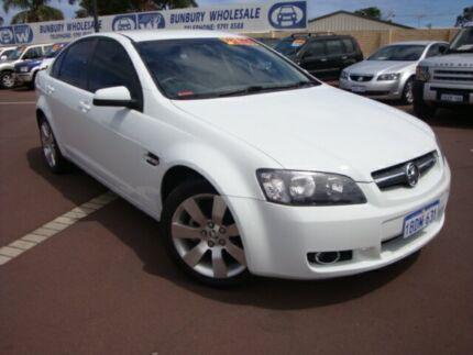 2009 Holden Commodore VE MY09.5 International White 4 Speed Automatic Sedan