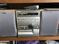 Sony micro hifi system - with intructions and remote control