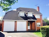 4 Bedroom Detached House, Double Garage and Garden