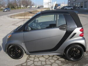 ONE OF A KIND MATTE GREY !!!   2013 SMART CABRIO