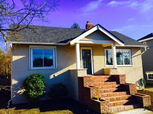 Lovely 4br 2ba Home in Oak Bay