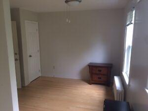 LAST ROOM LEFT FOR SCHOOL -  $595!
