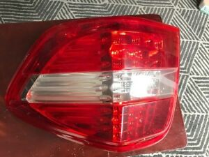 Mercedes ML 320 passenger tail light