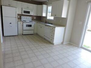 3 Bedroom Townhouse in Lakewood for Rent