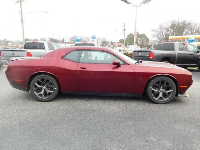 Image 2 Voiture American used Dodge Challenger 2019