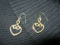10k gold heart shaped earrings