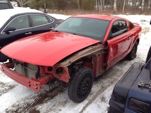PARTING OUT 05-06 MUSTANG AND ROLLING CHASSIS  Peterborough Peterborough Area image 2