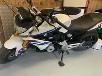 BMW G310R only 280 miles