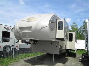 Caravane à sellette Forest River Phoenix 28RL 2015