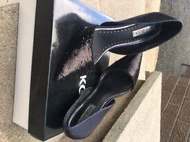 Amazing Miss KG heels size 4