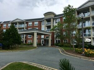 Fabulous2 bdrm condo avail June 1st or July 1st  outside pool