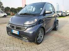 Smart forTwo 1000 62 kW coupé * BRABUS *
