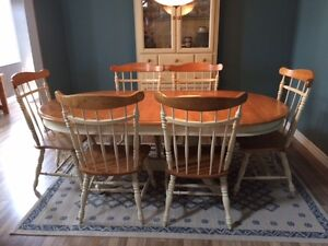 Solid Wood Dining Table with 6 Chairs & Buffet - Great Condition