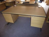 Lee and Plumpton Astral Euro Desk