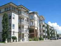 Open concept, Top floor Condo. Perfect for First time buyers!!