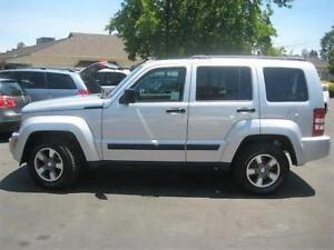 2008 Jeep Liberty Sport, SUV 4X4, Panoramic, Lease Takeover