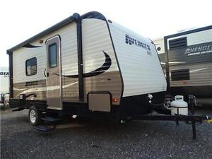 Couples RV! CLEARING 2016 MODELS! Kitchener / Waterloo Kitchener Area image 2