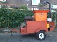 Bear cat 1020 wood chipper shredder tree surgeon arborist.