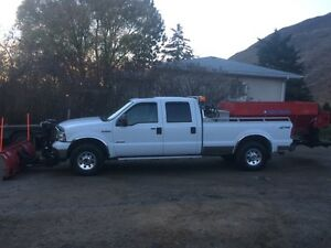 2005 Ford F-350 snow plow Truck