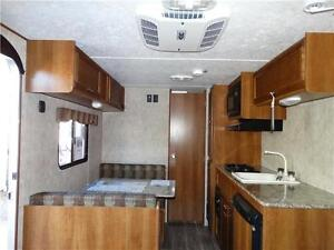 Couples RV! CLEARING 2016 MODELS! Kitchener / Waterloo Kitchener Area image 3