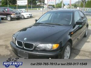 2004 BMW 320i black on black