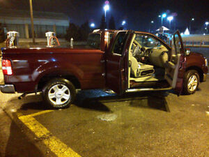 2004 Ford F-150 XLT extended cab  Pickup Truck
