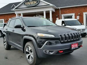 2016 Jeep Cherokee Trailhawk 4x4, Heated Seats/Wheel, Remote Sta