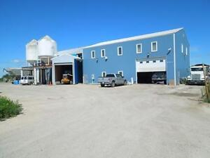 Great opportunity to start a business in growing industrial area