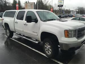 2011 GMC Sierra 2500 HD SLT crew cab NAV DVD Leather DIESEL