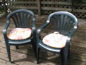 Ten Green PVC Chairs with 9 Cushions, Patio Chairs