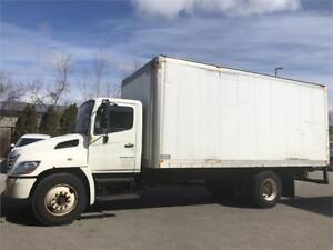 2008 Hino 308 - Straight Truck - 19 Ft Box