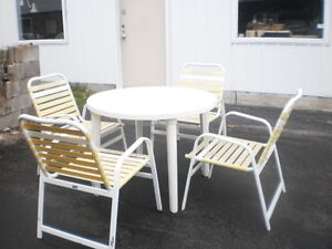 ENSEMBLE PATIO SET MOBILIER TERRASSE