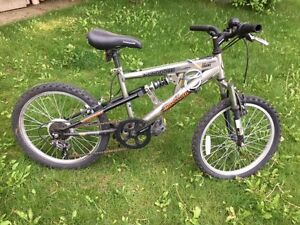 "20"" Kids Mayhem Mongoose Mountain Bike"