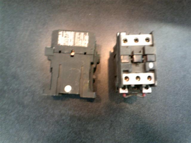 Moeller DIL OM-G motor starter relay contactor 24VDC coil 3 pole 35A   0MG O M-G