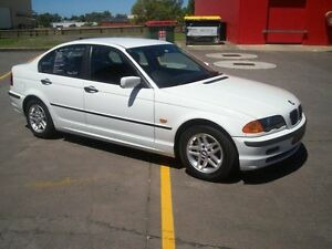 2001 BMW 318I E46 Executive White 5 Speed Auto Steptronic Sedan Deception Bay Caboolture Area Preview