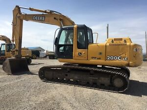 Deere 200C LC Excavator for sale! LOW HOURS! $60,000.00