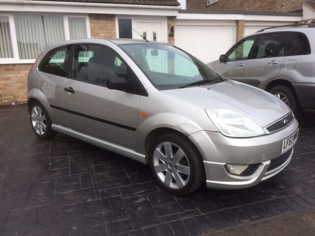 Ford Fiesta Mk6 1 4 Silver Limited Edition Leather Seats