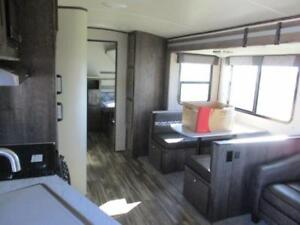 2018 MPG 2800QB - LOADED UP KING BED WITH BUNK BEDS!!!