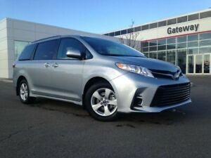 2019 Toyota Sienna LE Front Wheel Drive
