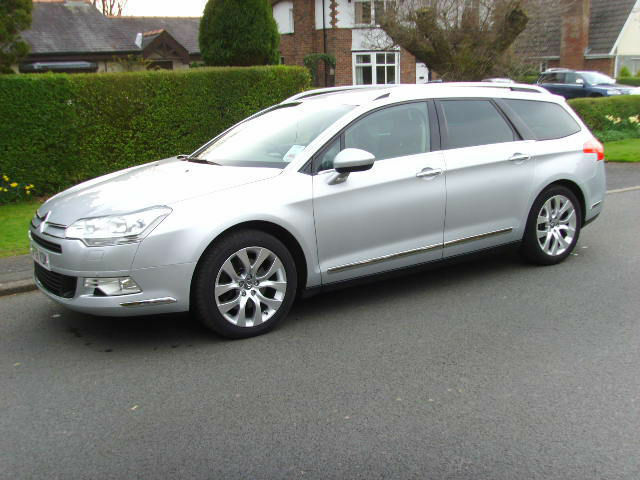 citroen c5 2 7hdi v6 diesel auto exclusive touring 2009 in preston lancashire gumtree. Black Bedroom Furniture Sets. Home Design Ideas