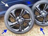 "CORSA E LIMITED EDITION ALLOY WHEELS 2015 GENUINE 17inch 17"" continental tyres"